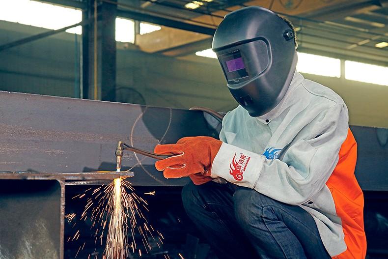 劳保防护用品企业宣传片如何打造产品高端形象?
